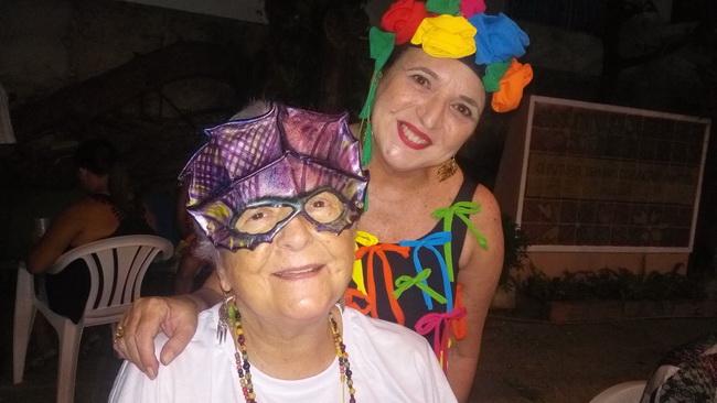 Myriam e Olívia no Carnaval da UBE 2017, Recie