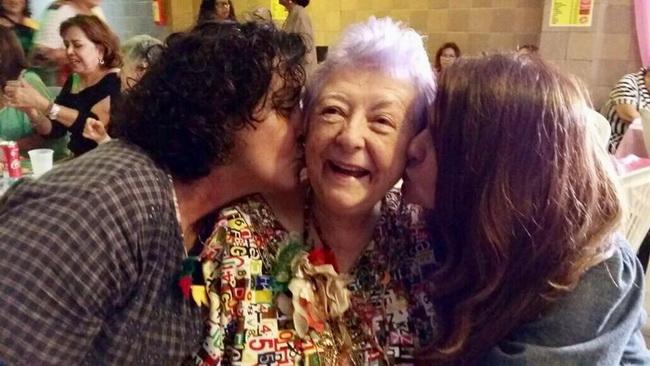 Myriam: beijos de Andreia e Nilza Lisboa