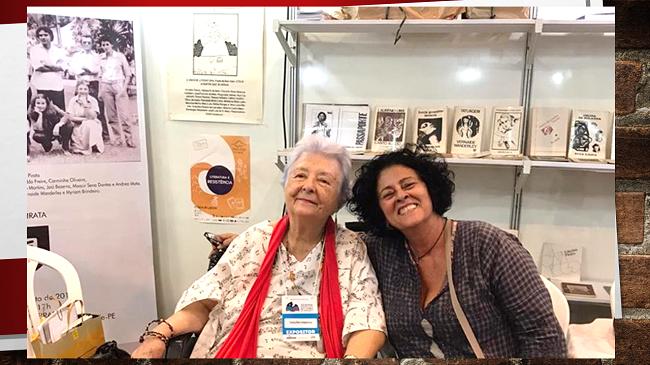 Presença de Myriam Brindeiro na XII Bienal Internacional do Livro de Pernambuco. Com Andréa Mota